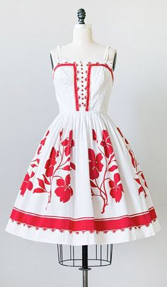 1950s Red dress. So cute!