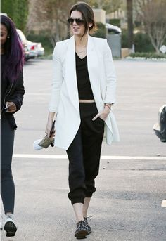 Kendall Jenner wearing a longline white blazer whilst hanging in L.A