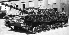 Italian Semovente 105/25 tank destroyer