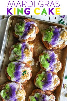 This Mardi Gras King Cake is essential for any Fat Tuesday celebration! We'l… This Mardi Gras King Cake is essential Mardi Gras Desserts, Mardi Gras Food, Mardi Gras Party, Donut Recipes, Dessert Recipes, Cake Recipes, Drink Recipes, Baking Recipes, Madi Gras