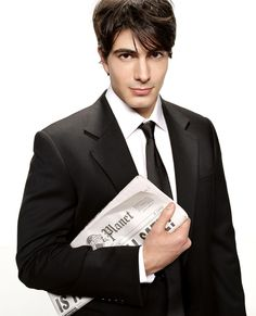 """Rhymes with """"South"""". A face carved out of fine alabaster marble. Brandon James, Brandon Routh, Perfect People, Beautiful People, Empire Movie, Moving To Los Angeles, Attractive People, American Actors, Future Husband"""