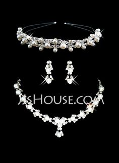 Jewelry - $32.99 - Gorgeous Alloy With Pearl Rhinestone Ladies' Jewelry Sets (011006981) http://jjshouse.com/Gorgeous-Alloy-With-Pearl-Rhinestone-Ladies-Jewelry-Sets-011006981-g6981