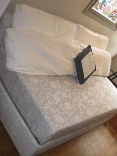 Twin bed made to look like a couch do this by making extra thick storage sofa single bed made with memory foam twin mattress diy projects solutioingenieria Image collections