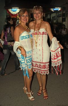 Panamanian Women, Special Occasion Outfits, Embroidery Designs, Ideias Fashion, Cover Up, Summer Dresses, Womens Fashion, Inspiration, Clothes