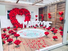 Wedding Decorations, Wedding Ideas, Table Decorations, Romantic Room Surprise, Cute Proposal Ideas, Kids Blouse Designs, April Wedding, Romantic Ideas, Marriage Proposals