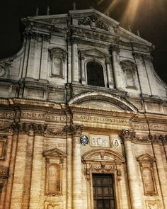 """""""Chiesa Sant'Ignazio"""" - Roma  The church of St. Ignatius of Loyola in Rome was founded as a church of the Roman College a prestigious educational institution-cultural model of all the colleges of the Society of Jesus in the world for Jesuits and external. It was founded in 1551 by St. Ignatius as Grammar School.  #photobydperry #loves_united_europe ##wp #Italia_super_pics #ig_italy #ig_rome #going_into_details  #spgitaly #igerslazio #loves_united_italia #ilikeitaly #italia_dev #pocket_Italy…"""