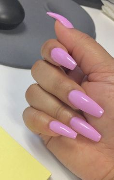 Have you discovered your nails lack of some trendy nail art? Sure, lately, many girls personalize their nails with beautiful … Gorgeous Nails, Love Nails, How To Do Nails, My Nails, Stylish Nails, Trendy Nails, Best Acrylic Nails, Glitter Nail Art, Spring Nails