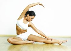 Doing Hot Yoga: Burn 125 calories  in 15 minutes. Talking about sweating  it out. Hot yoga will not only  shed a ton of calories in a short period  of time but it will help maintain  stress and anxiety. Yoga Poses, Health Fitness, Yoga Fitness, Fitness Diet, Fitness Classes, Ways To Lose Weight, Losing Weight, Reduce Weight, Easy Weight Loss