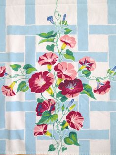 Vintage Tablecloth Morning Glory Flowers at NeatoKeen on Etsy