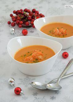 Creole shrimps on cornmeal - Healthy Food Mom Seafood Recipes, Cooking Recipes, Healthy Recipes, Christmas Dinner Menu, Food Humor, Appetisers, Soups And Stews, Soul Food, Food Print