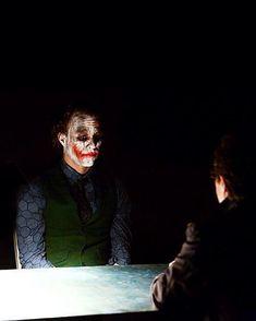 Heath Ledger's Joker - The Dark Knight Joker Batman, Joker Y Harley Quinn, Batman Robin, Heath Ledger Joker, The Dark Knight Trilogy, Batman The Dark Knight, Batman Arkham Origins, Batgirl, Nightwing