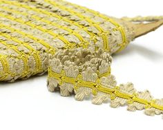 Classic vintage passementerie trim beige and yellow. Suitable for vintage and cottage chic home decor projects as chair upholstery, pillow trims, lampshades or curtain edging. This listing is for 1 meter - 3.3 feet Total width: 3cm - 1.18 In good new old stock condition. If You want more