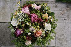 Spring Bouquet, Bouquets, Floral Wreath, Wreaths, Home Decor, Homemade Home Decor, Bouquet, Door Wreaths, Deco Mesh Wreaths