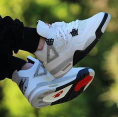 """'99 Air Jordan 4 """"White Cement"""""""