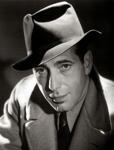 "Humphrey Bogart Best known for ""The Maltese Falcon"" and ""Casablanca"", Bogart was a mega-star in the golden age of Hollywood. The photographer who took this shot, George Hurrell, was responsible for many of the ""glamour shots"" in Hollywood in the a Old Hollywood Stars, Hollywood Icons, Hollywood Actor, Golden Age Of Hollywood, Hollywood Glamour, Hollywood Photo, George Hurrell, Humphrey Bogart, Lauren Bacall"