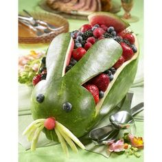 How delicious does this melon bunny look?  Great as a centrepiece for an Easter gathering, or any time in the year to make fruit and berries even more appetising!  Head over to the National Watermelon Promotion Board to find out how to make your own.