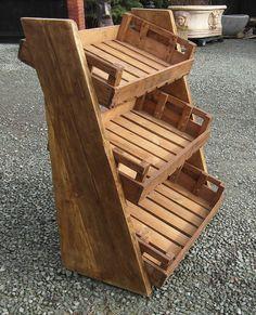 53 Ideas fruit shop design wooden crates - 53 Ideas fruit shop design wooden crates You are in the right place about vintage dec - Bakery Display, Soap Display, Bread Display, Cafe Display, Display Ideas, Market Displays, Store Displays, Cafe Design, Store Design