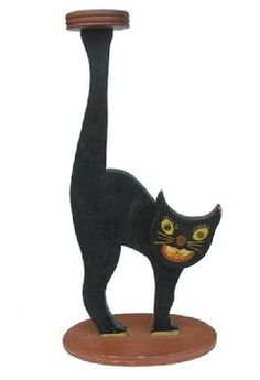 W330 Early 20th century AMERICAN FOLK ART WOODEN CAT ASH TRAY STAND, with wonderful art work on the face of the Cat with tack eyes, and all original paint circa 1920's