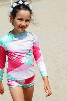 300becd97af297 Shirt Renee mit Badehose passend von ducksday (Werbung da Markennennung )UV  Schutz 50+