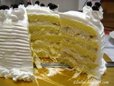 O.M.G. Durian cake with pulp. Need to make this asap. Yum!!!