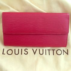 💯 Auth Louis Vuitton Epi Leather Wallet ❤️ Gorgeous barely used cherry red LV wallet Louis Vuitton Bags Wallets