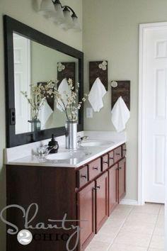 Porta-toalhas de madeira para decoração é sofisticado, é refinado, mas é fácil de ser feito (Foto: shanty-2-chic.com)