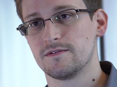 US doesn't know what Snowden took, sources say