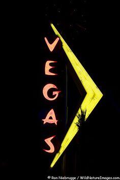 Neon Vegas Sign, Las Vegas  Neon Sign Picture