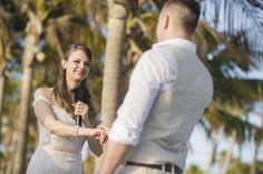 Vili es Márti - Tengerparti Esküvő | Florida, USA #menyasszony #eskuvoifoto #eskuvoszervezes #horvatorszag #marryme #laguntravel #seychelleszigetek #seychelles #óceánpart #romantika #szigetfeledezés #álomnyaralás #tengerpart #islandlife #ocean #utazás #utazásiiroda #weddinginseychelles #tengerpartiesküvő #külföldiesküvő #esküvő Miami Beach, Florida, Usa, Wedding Dresses, Fashion, The Florida, Bridal Dresses, Moda, Bridal Gowns