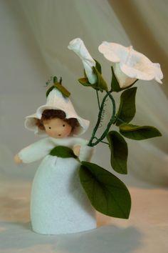 ACHTUNG!!! LIEFERZEITEN ZUR ZEIT 4-6 WOCHEN!!          Katjas-Puppenstuebchen.de    Handgefertigte Blumenkinder und Jahreszeitenfiguren für den Jahres