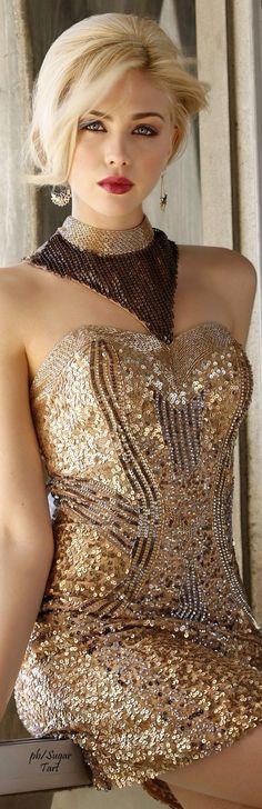 . Fashion Mode, Gold Fashion, Womens Fashion, Party Fashion, Ladies Fashion, Traje A Rigor, Moda Formal, Short Dresses, Prom Dresses
