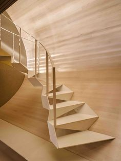 Ideas for stairs design contemporary stairways Contemporary Stairs, Modern Staircase, Staircase Design, Contemporary Interior, Contemporary Architecture, Interior Architecture, Contemporary Office, Contemporary Building, Spiral Staircases