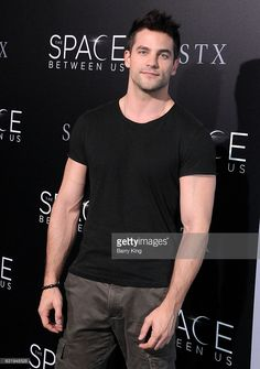 Actor Brant Daugherty attends the premiere of STX Entertainment's 'The Space Between Us' at ArcLight Hollywood on January 17, 2017 in Hollywood, California.