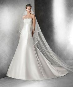 PRISCIA Robe de mariée (coupe en A) | Pronovias | Pronovias