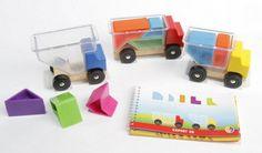 Un casse-tête malin avec des petits camions en bois pour les enfants !