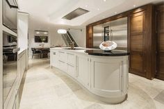 Create the perfect kitchen for entertaining with this contemporary shaker kitchen featuring statement island and glass fronted cabinetry. Kitchen And Bath Design, Kitchen Paint, Kitchen Cupboards, Interior Design Kitchen, Kitchen Designs, Updated Kitchen, New Kitchen, Kitchen Decor, Kitchen Ideas