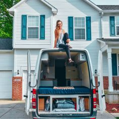 The ultimate van life resource directory. Here you can find the best camper van rentals, conversion books, and community forums for all things van life. Van Conversion Layout, Sprinter Van Conversion, Camper Van Conversion Diy, Bus Life, Camper Life, Diy Camper, Motorhome, Mini Chalet, Big Van