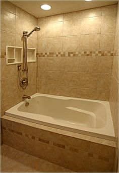 Bathroom Shower Tub Tile Layout Ideas For 2019 Bathroom Tub Shower, Tub Shower Combo, Master Bathroom, Master Shower, Shower Faucet, Bad Inspiration, Bathroom Inspiration, Bathroom Ideas, Shower Ideas