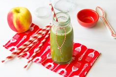 Smoothie Challenge Day 10 - Rejuvenator   Makes 2 cups  2 apples 1/2 cucumber 1/2 handful parsley  Run all ingredients through juicer and serve.