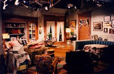 """This is Roz's home from the set of Frasier. the boot """"headboard"""" and all the patterns in the room. Small Space Living, Small Spaces, Living Spaces, Frasier Crane, Niles Crane, Solid Wood Table, Wood Tables, Aesthetic Rooms, Dream Apartment"""