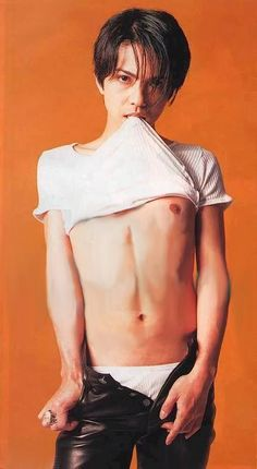 HYDE fanservice! - Forums - MyAnimeList.net THANK YOU GOD!! I HAVE BEEN LOOKING FOR THIS PHOTO EVERYWHERE!!!