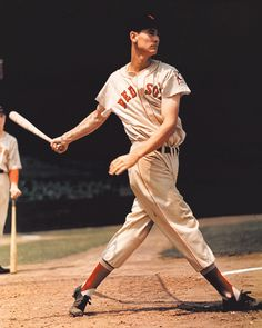 © Arthur Griffin. Courtesy of the Griffin Museum of Photography, Winchester, MA. Above: Ted Williams, 1939. Griffin photographed Williams with a large format 4×5 camera to experiment with the new Eastman Kodak color film.