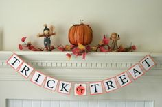 Trick or Treat Sign Trick or Treat Banner hand by itsabannerlife Halloween Banner, Halloween Party Decor, Holidays Halloween, Halloween Fun, Bride To Be Banner, Wedding Shower Decorations, Shower Banners, Painted Pumpkins, Trick Or Treat