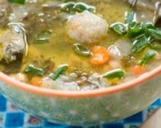 Soupe Libanaise de lentilles, blettes, kibbeh et citron (facile, rapide) - Une recette CuisineAZ