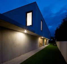 37 best cube houses images contemporary architecture townhouse rh pinterest com
