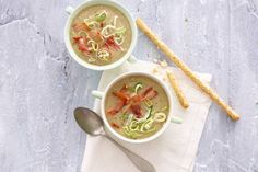 Klassieke combinatie: romige mosterdsoep met prei & ham - Recept - Mosterdsoep met prei en ham - Allerhande