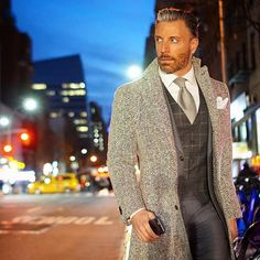 Mens Fashion Casual – The World of Mens Fashion Formal Winter Outfits, Winter Outfits Men, Quoi Porter, Well Dressed Men, Gentleman Style, Looks Style, Stylish Men, Dapper, Cool Outfits