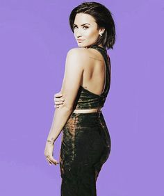 « you're my kingdom come {#demi #demilovato #snl #saturdaynightlive #confident #cfts #coolforthesummer #stonecold #liveperformance… »