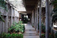 Academic Block at the Indian Institute of Management, Bangalore    Designed by B.V. Doshi (Photo : Sanyam Bahga)
