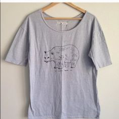 ALEXA CHUNG Limited Editition shirt This shirt is one of the drawings by Alexa Chung. Super rare to find and very unique--in great condition. NO TRADES. Madewell Tops Tees - Short Sleeve